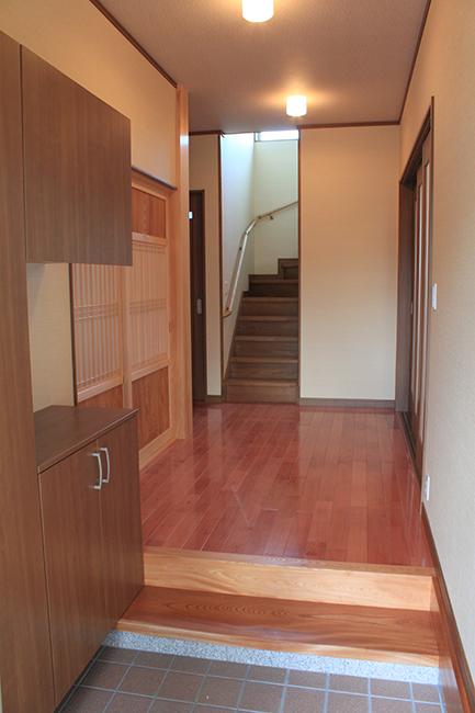 サクラの床の玄関