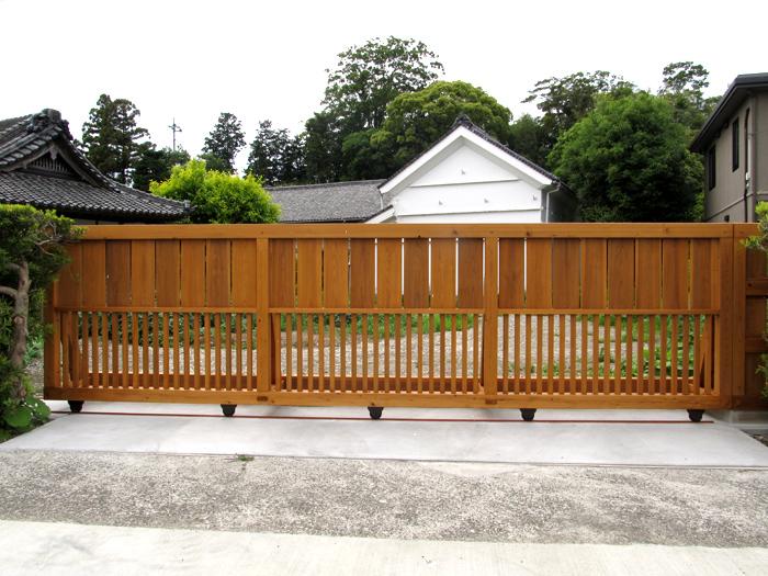 木造スライド門塀