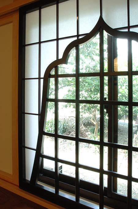 書院 奥十畳間 火灯窓