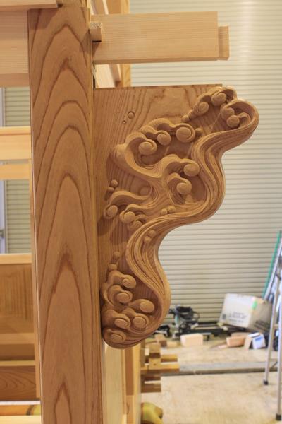 波の浮彫り